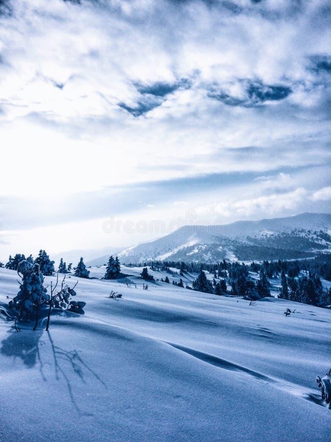 De bergen royalty-vrije stock afbeelding