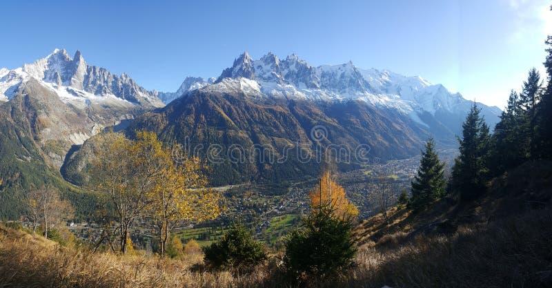 De Bergen van alpen in Frankrijk royalty-vrije stock foto