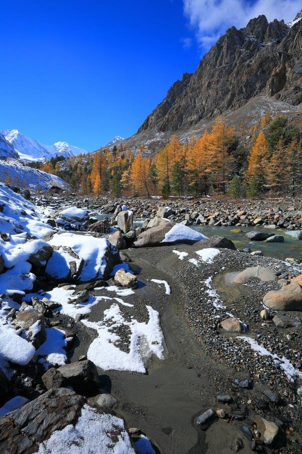 De Bergen van Altai royalty-vrije stock afbeelding