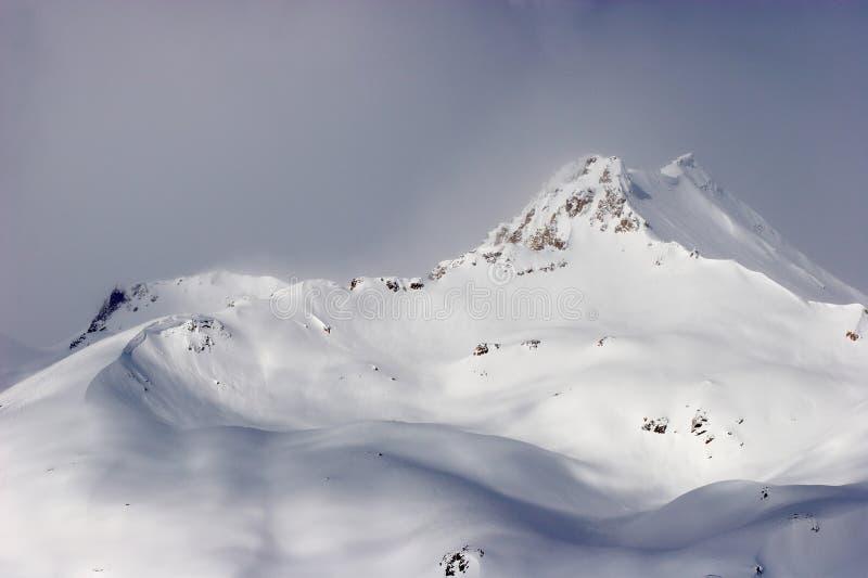 De bergen van Elbrus royalty-vrije stock fotografie