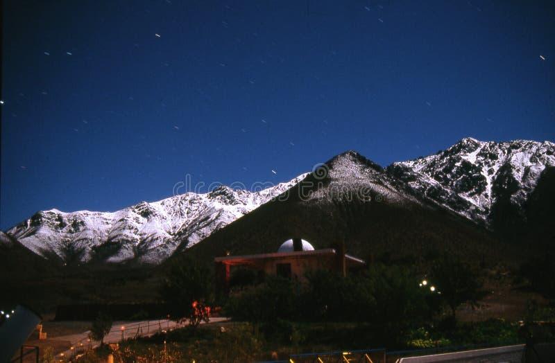 De bergen van het maanlicht royalty-vrije stock foto