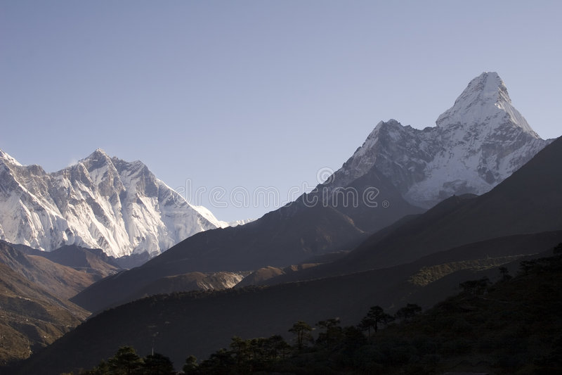 De Bergen van Himalayagebergte - Nepal royalty-vrije stock afbeeldingen