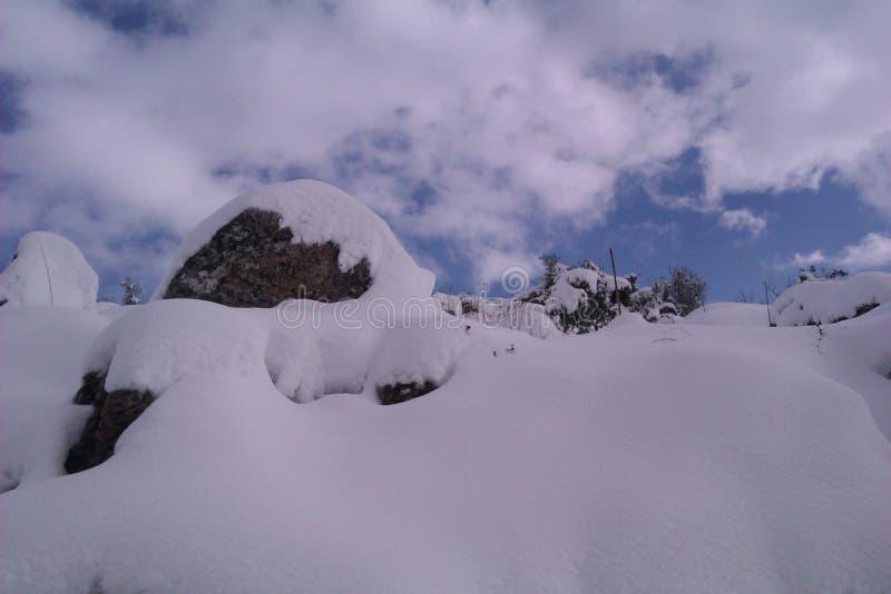 De bergen van Libanon stock afbeelding