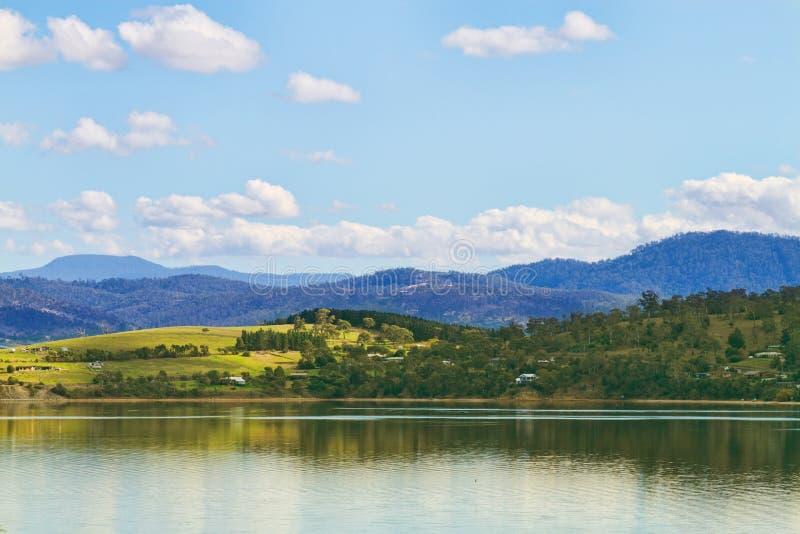 De bergen van Tasmanige stock afbeeldingen