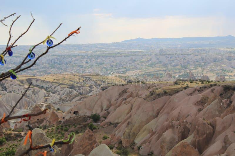 De Bergenboom van Turkije Cappadocia royalty-vrije stock foto's