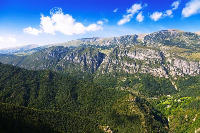 De bergenlandschap van de zomer stock fotografie