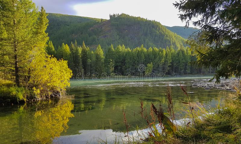 De bergmeer van bergaltai royalty-vrije stock afbeeldingen