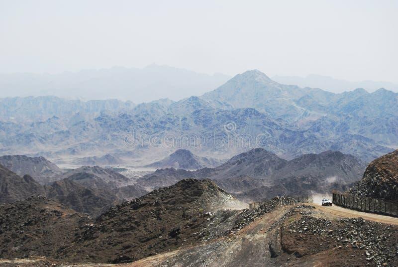 De bergweg van het Midden-Oosten stock afbeelding