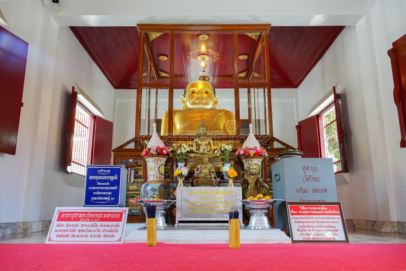De beroemde Bhudda-afbeelding Prah Add in Wat Phra Mahathat Woramahawihan stock fotografie