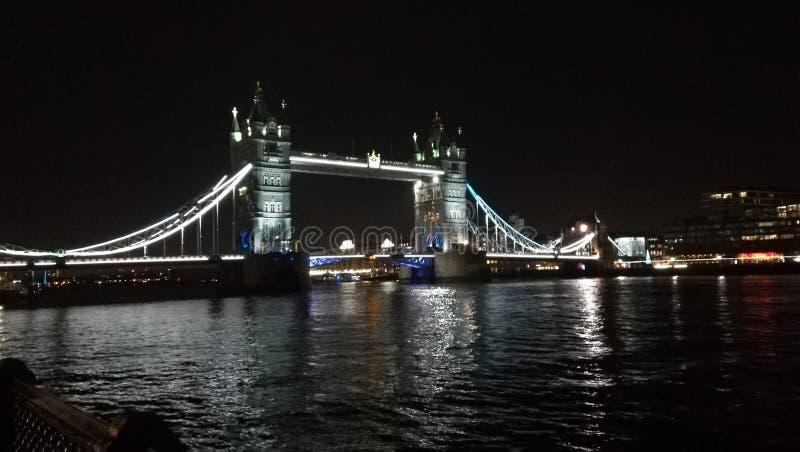 De beroemde Brug van de Toren in Londen, het UK royalty-vrije stock afbeeldingen