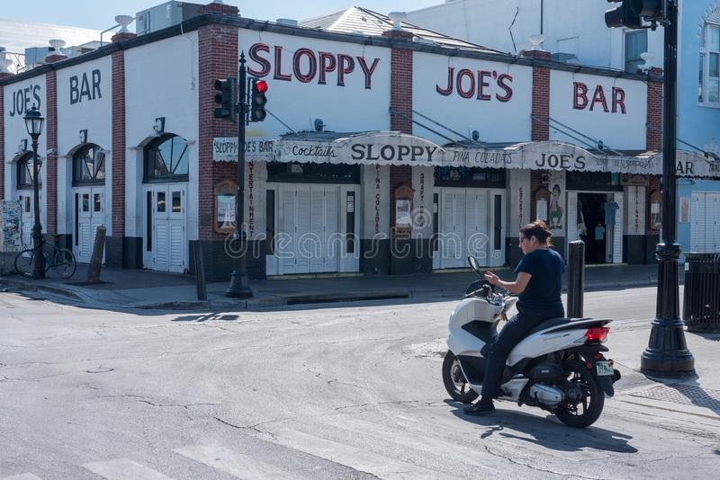 De beroemde Onzorgvuldige Bar van Joe ` s in Key West stock fotografie