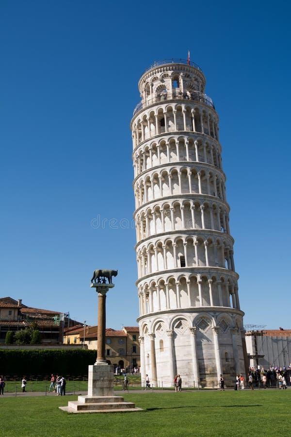 De beroemde toren van Pisa royalty-vrije stock foto's