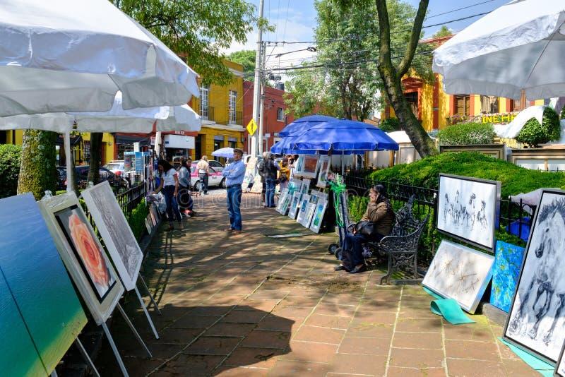 De beroemde Zaterdagbazaar bij de San-Engelenbuurt in Mexico-City royalty-vrije stock foto