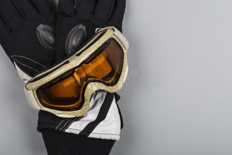 De beschermende brillen en de handschoenen van de ski royalty-vrije stock afbeelding