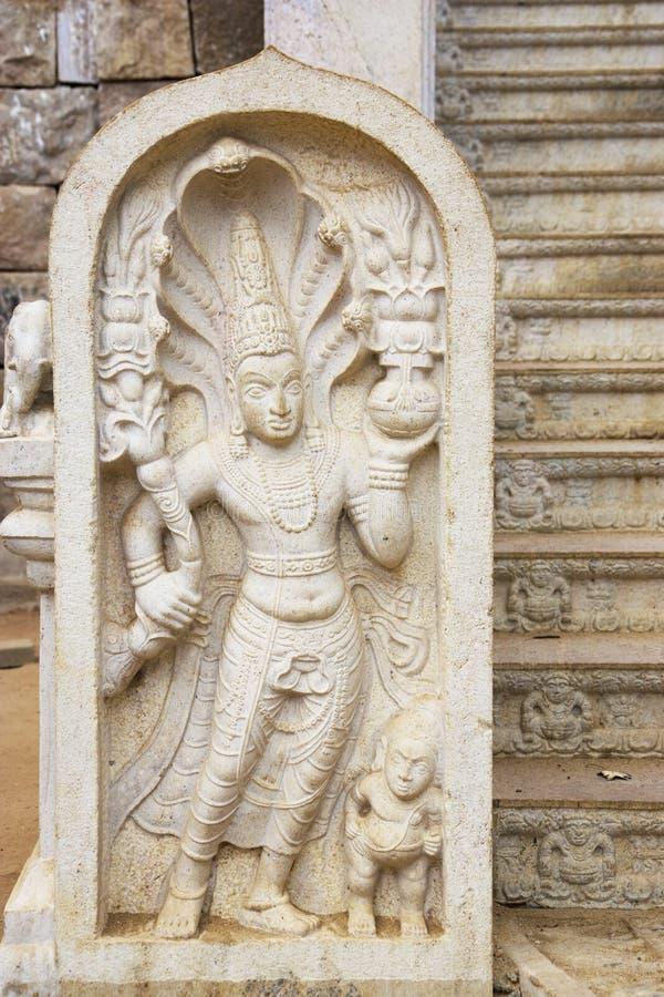 De Beschermer van de steen bij Bodhi Tempel, Sri Lanka stock foto