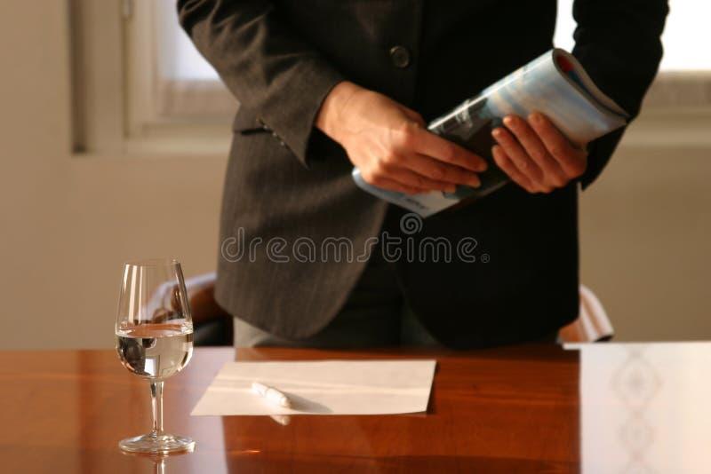 De bespreking van de vergadering stock fotografie