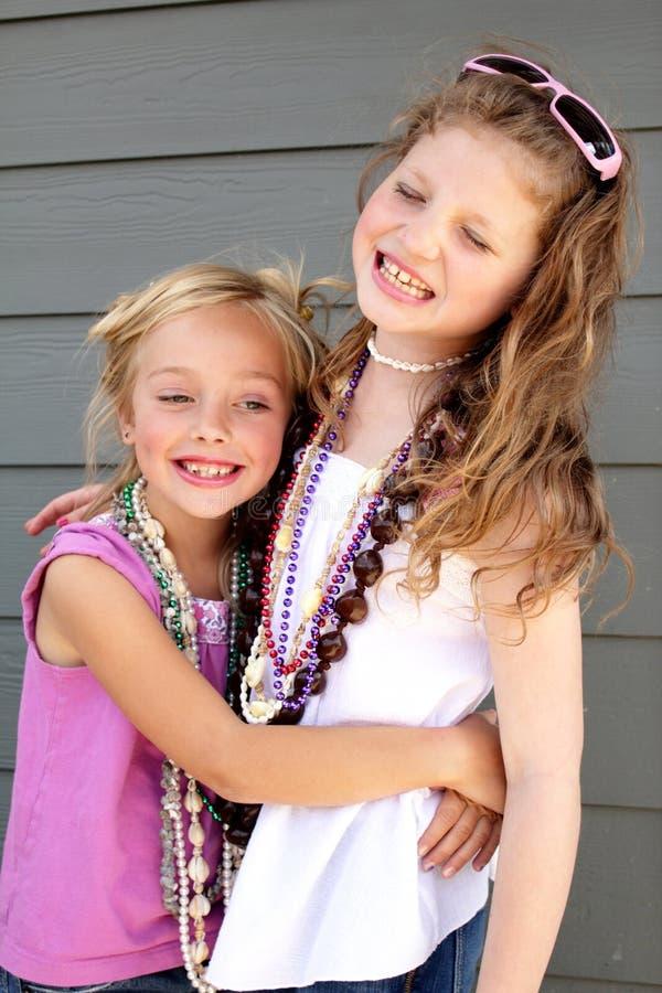 De beste Meisjes houdt van omhoog speel Kleding royalty-vrije stock afbeeldingen