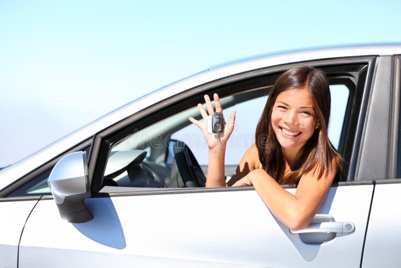 De bestuurdersvrouw van de auto royalty-vrije stock fotografie