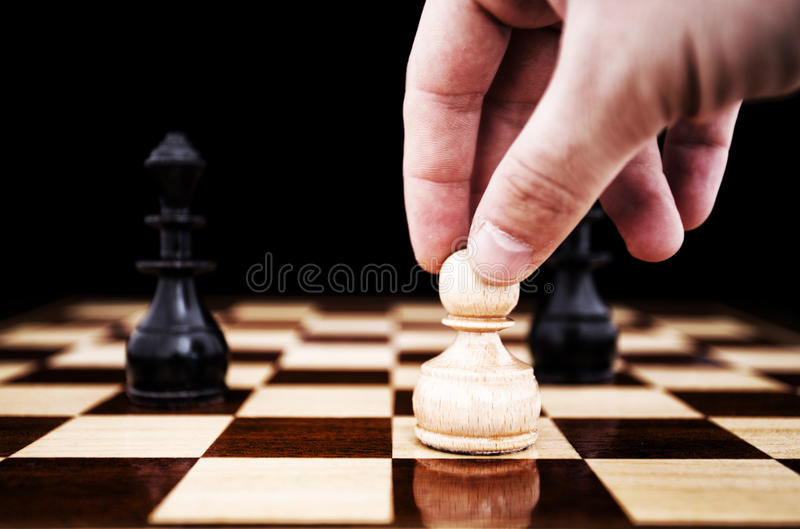 De beweging van het schaak