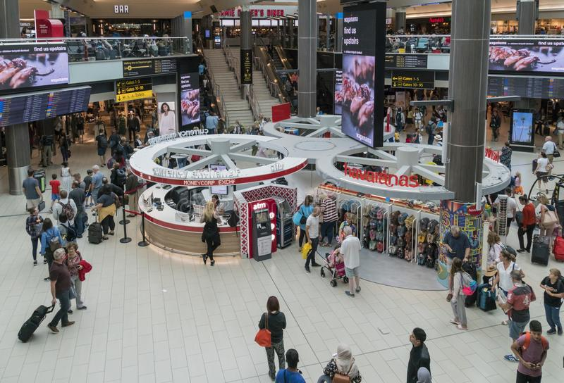De bezige Luchthaven van Gatwick royalty-vrije stock foto's