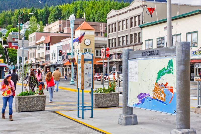 De Bezoekers van Alaska Ketchikan en Straatkaart stock foto