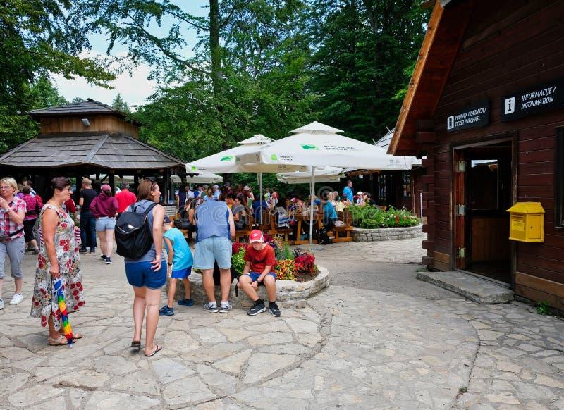 De Bezoekerscentrum van Plitvicemeren, het Nationale Park van Plitvice, Kroatië royalty-vrije stock foto