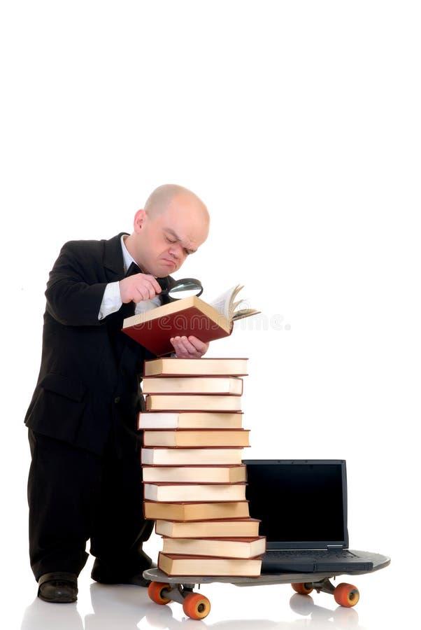 De bibliotheek van Internet het dwerg surfen royalty-vrije stock afbeelding
