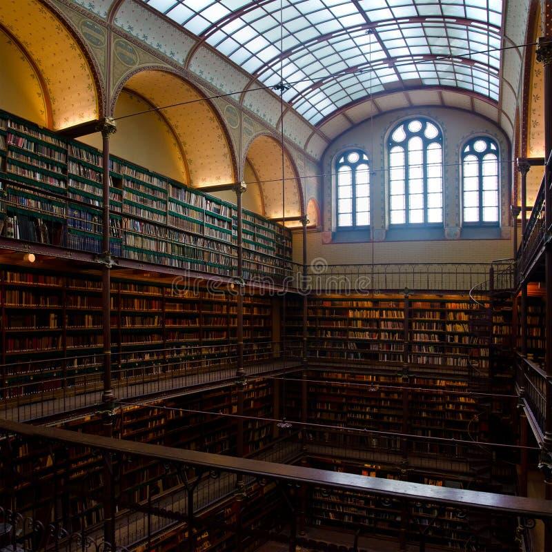 De bibliotheek van rijksmuseumamsterdam redactionele for Bibliotheek amsterdam
