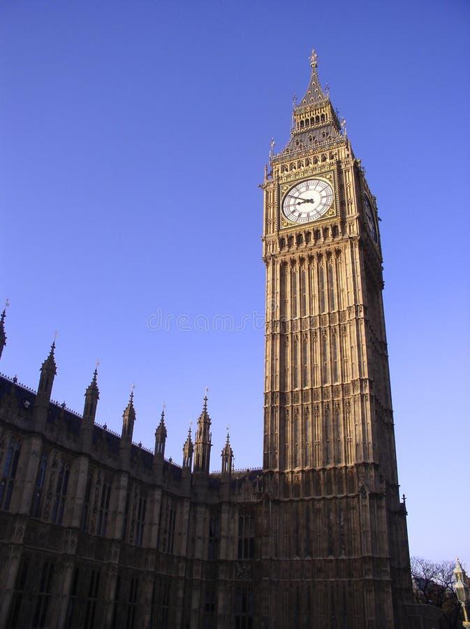 Download De Big Ben, Londen stock foto. Afbeelding bestaande uit wijzerplaat - 35734