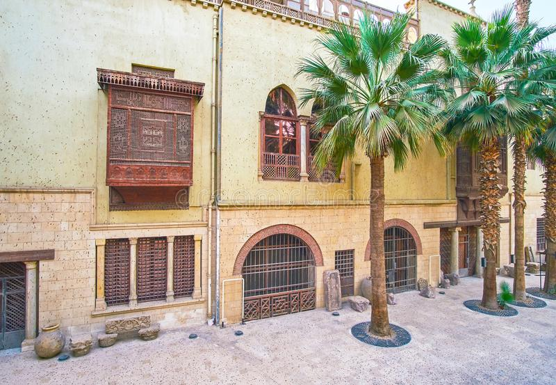 De binnenbinnenplaats van Koptisch Museum, Kaïro, Egypte royalty-vrije stock foto's