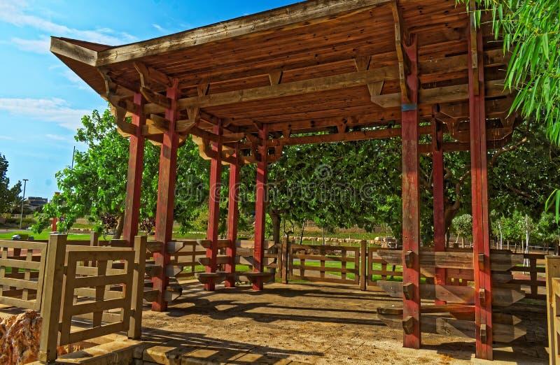 De binnenkant van een Aziatische hut stock afbeelding