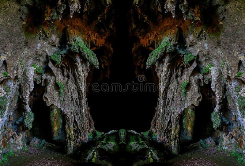 De binnenlandse mening van het Callaohol van 1st kamer met stalactieten en stalagmietenvormingen stock fotografie