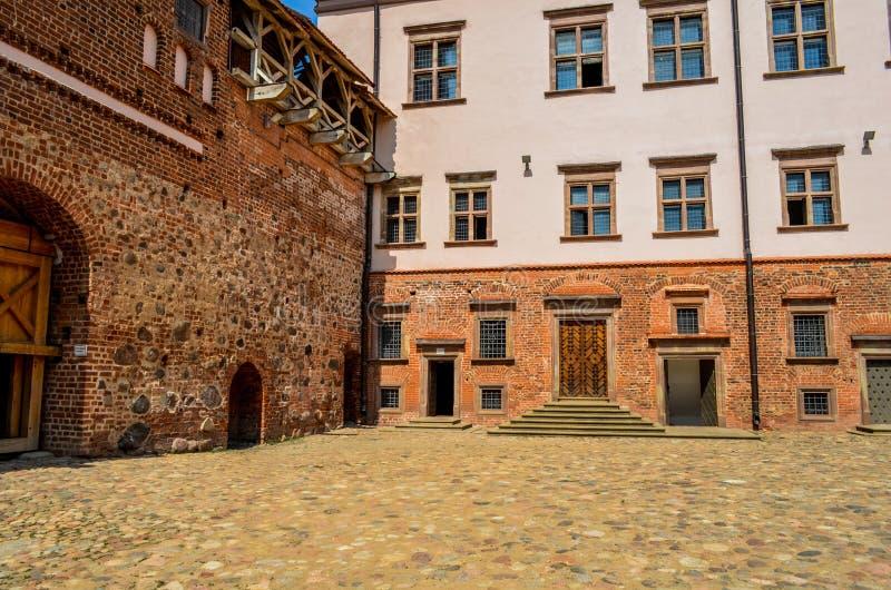 De binnenplaats in het kasteel stock foto's
