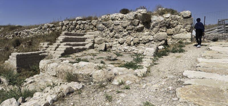 De Binnenpoort van tel. Lachish, Stadsmuur, Binnenplaats en Zalen stock foto's