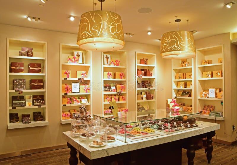 De binnenwinkel van Govida Fifth Avenue stock afbeeldingen