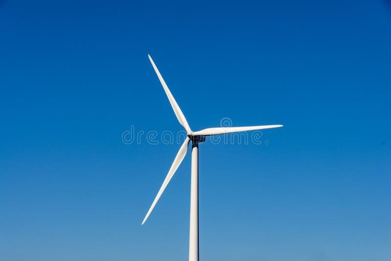 De bladen van de windturbine royalty-vrije stock afbeeldingen