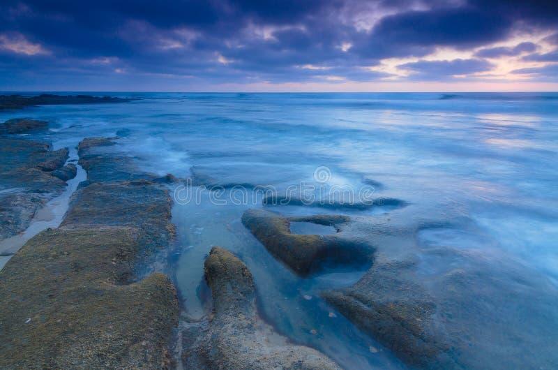 De Blauw van het Windanseastrand stock foto