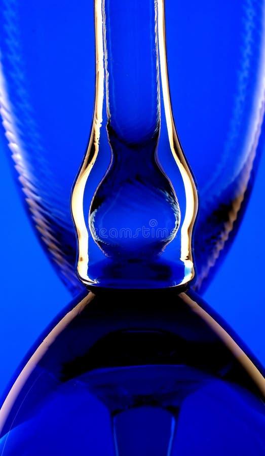 De blauwe Achtergrond van Glazen stock afbeelding