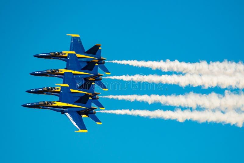 De blauwe Demonstratie van de Engelenvlucht royalty-vrije stock afbeeldingen