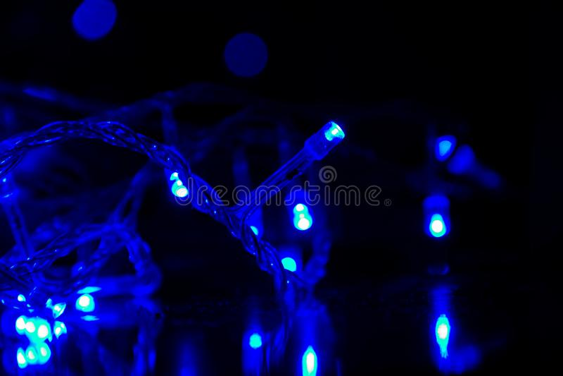 In de blauwe kleur van de slingers royalty-vrije stock foto