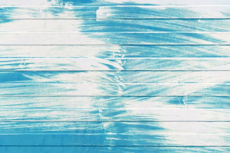 De blauwe textuur van de metaalmuur met witte verflaag stock foto's