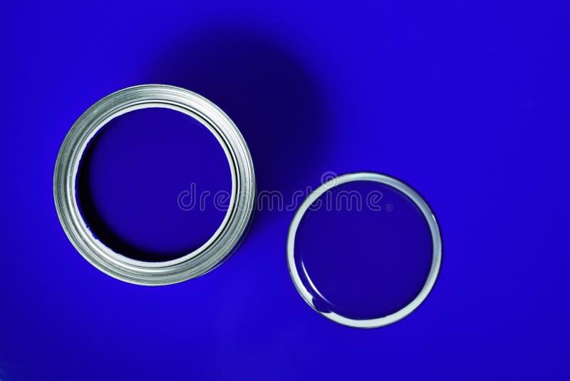 De blauwe Vernis kan 2 royalty-vrije stock afbeelding