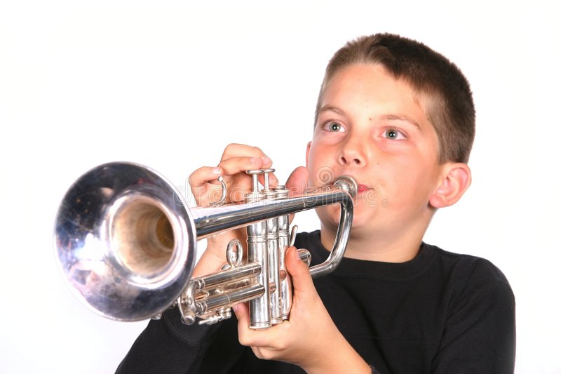De Blazende Trompet van het kind stock afbeelding