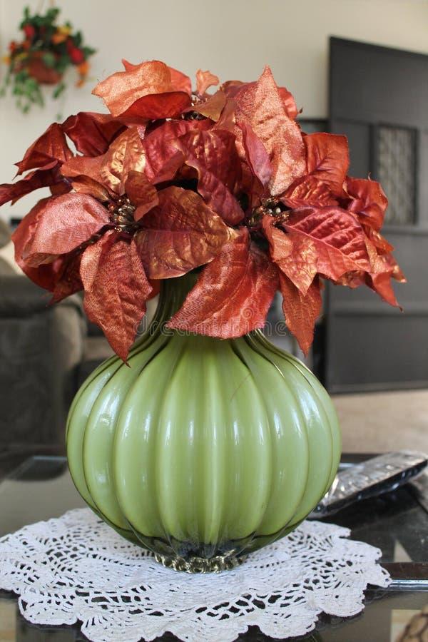 De bloembasis van de huisdecoratie royalty-vrije stock foto