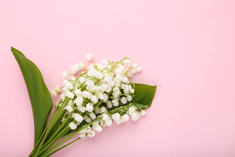 De bloemen van het lelietje-van-dalen royalty-vrije stock afbeeldingen