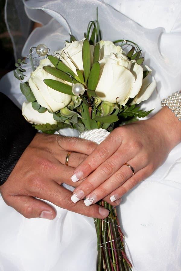 De Bloemen van huwelijkenringen N stock foto's