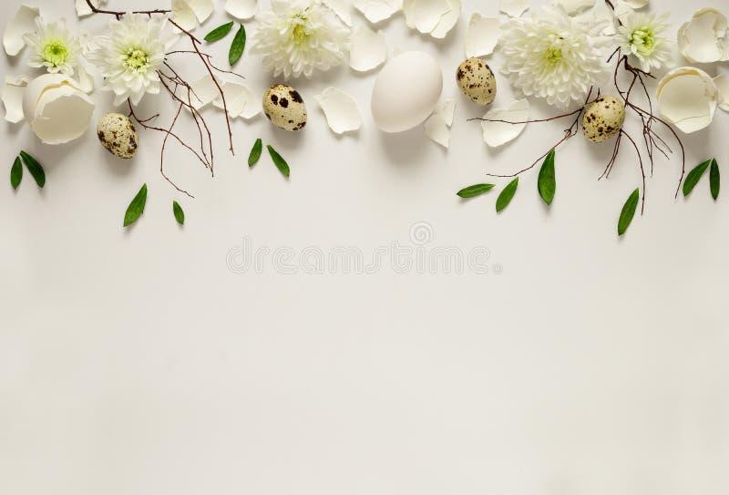 De bloemenachtergrond van Pasen stock afbeeldingen
