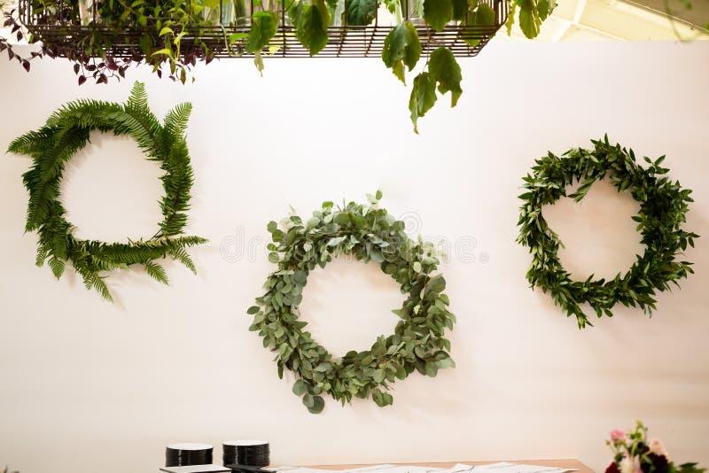 De Bloemist Wreaths van de huwelijksbloem stock fotografie