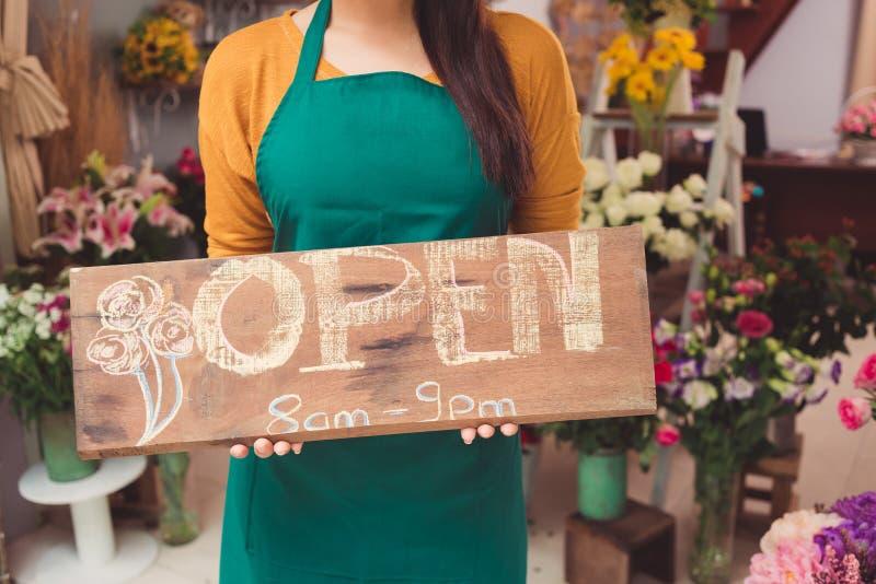 De bloemwinkel is open royalty-vrije stock foto