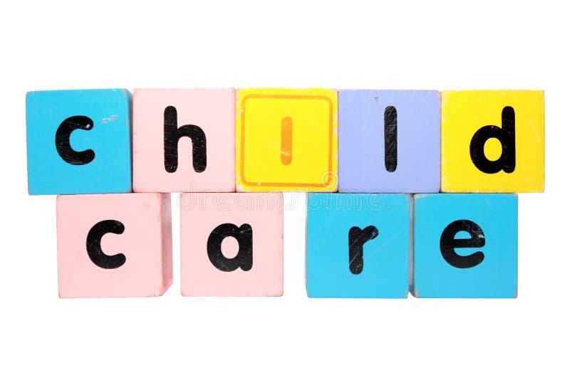 De blokletters van de kinderverzorging met het knippen van weg stock fotografie